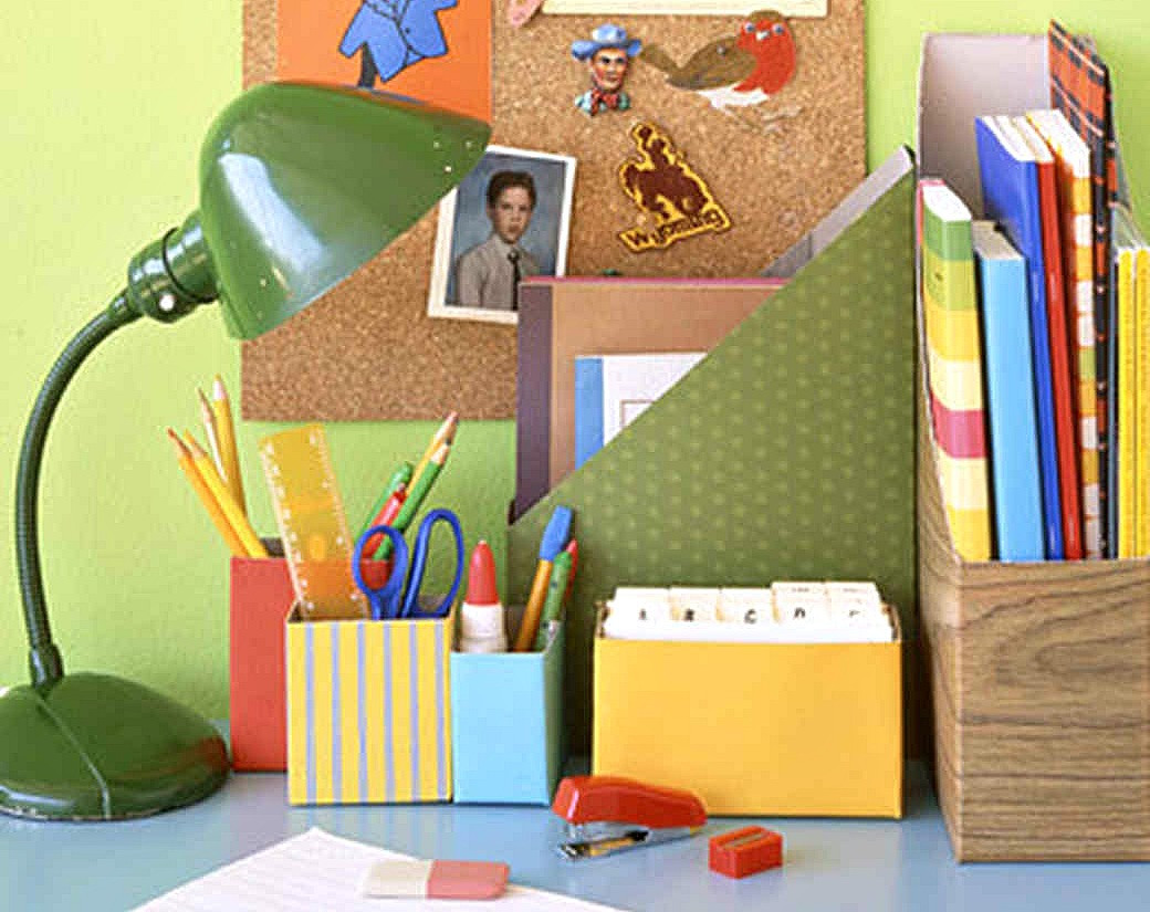 ways to repurpose trash – decorated boxes for desktop storage
