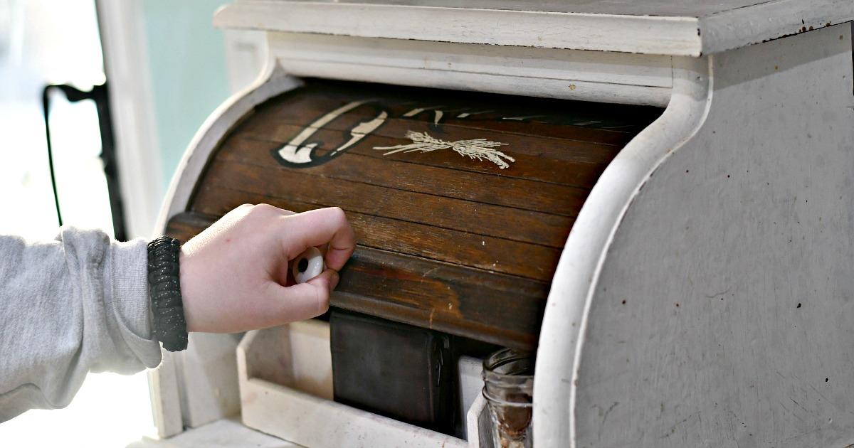 DIY bread box kitchen counter organizer being closed