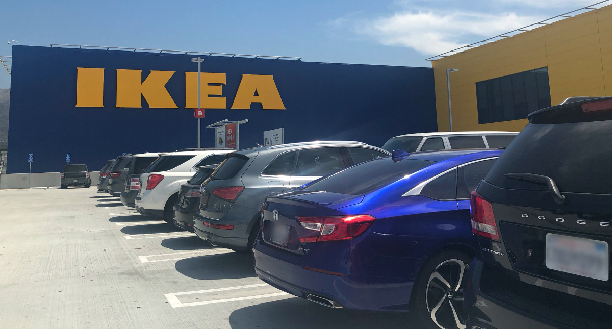 IKEA crowded parking lot