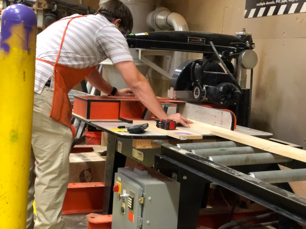 cutting wood at home depot for rustic centerpiece box