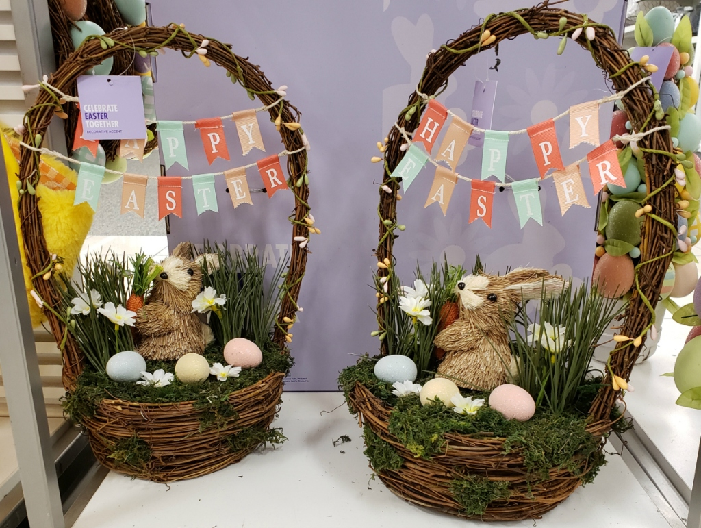 Easter bunny table decor