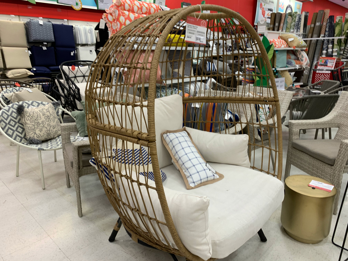 Amazing The Best Patio Egg Chairs For Your Outdoor Indoor Space Spiritservingveterans Wood Chair Design Ideas Spiritservingveteransorg