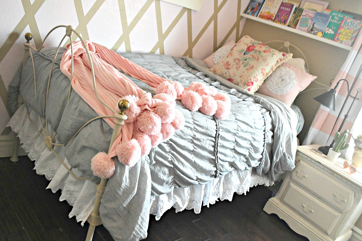 lauren conrad comforter set from kohls.com