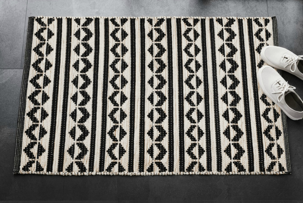 Black Geometric Woven Accent Rug
