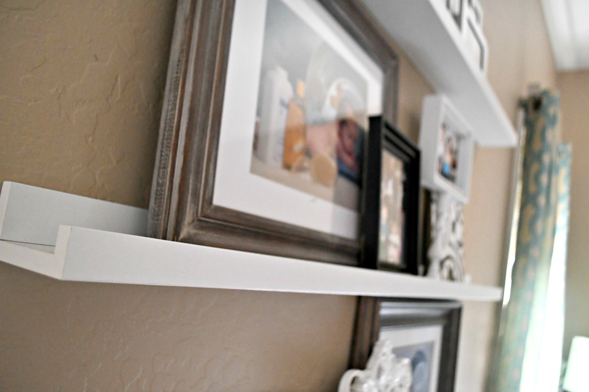 picture frame ledge in white from Ikea