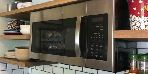 These Highly Rated Microwave Ovens are up to 69% Off at Lowe's