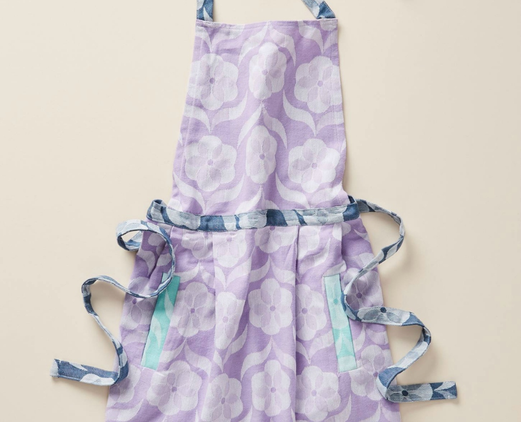 women's purple apron