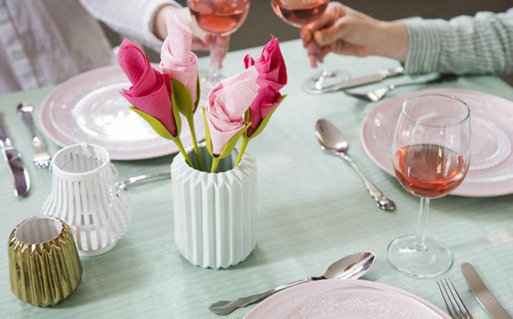 Peleg Design Green Bloom Napkin Holders (Set of 4)