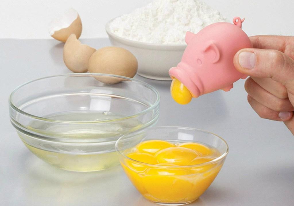 Peleg Design Yolk Egg Separator - Pig