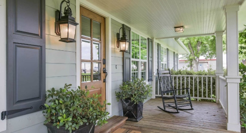 Carriage-House-Front-Porch