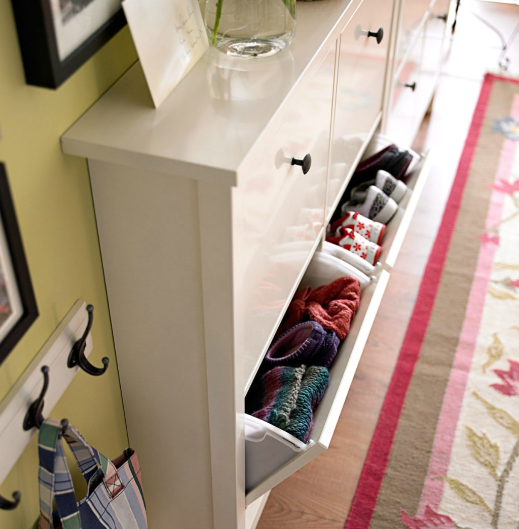 IKEA HEMNES shoe compartment