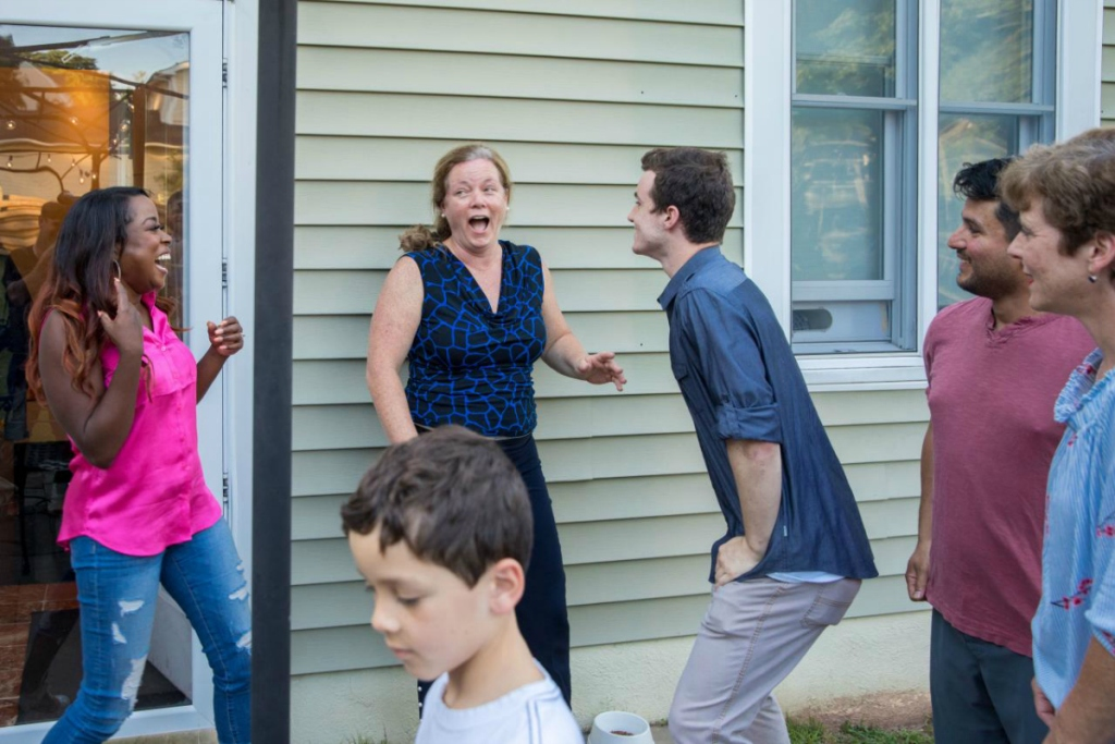 Maureen winning HGTV Smart Home