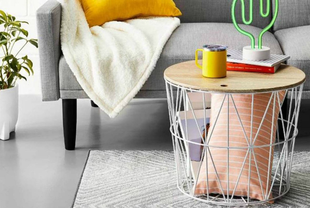 Room Essentials Wire Storage Table