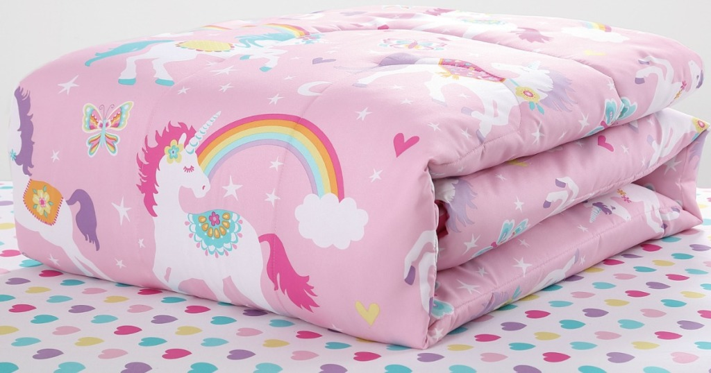 Unicorn-themed comforter