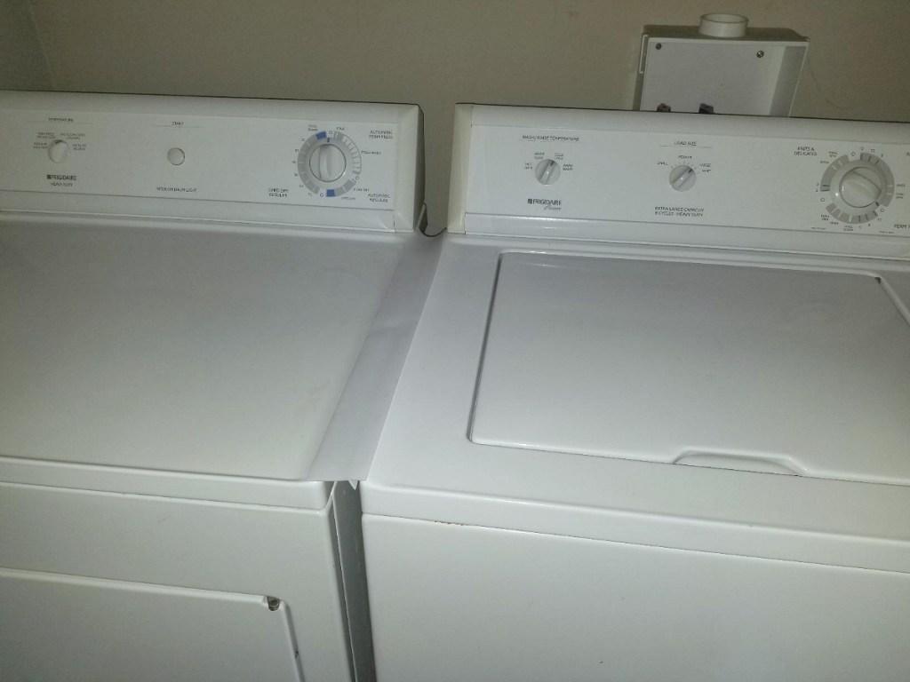 washer dryer with bridge