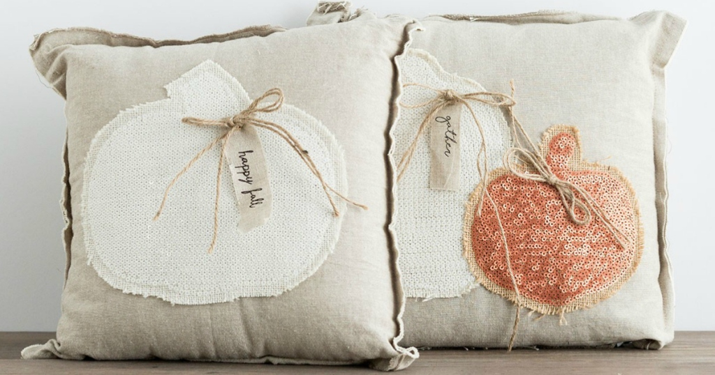 farmhouse pumpkin pillows