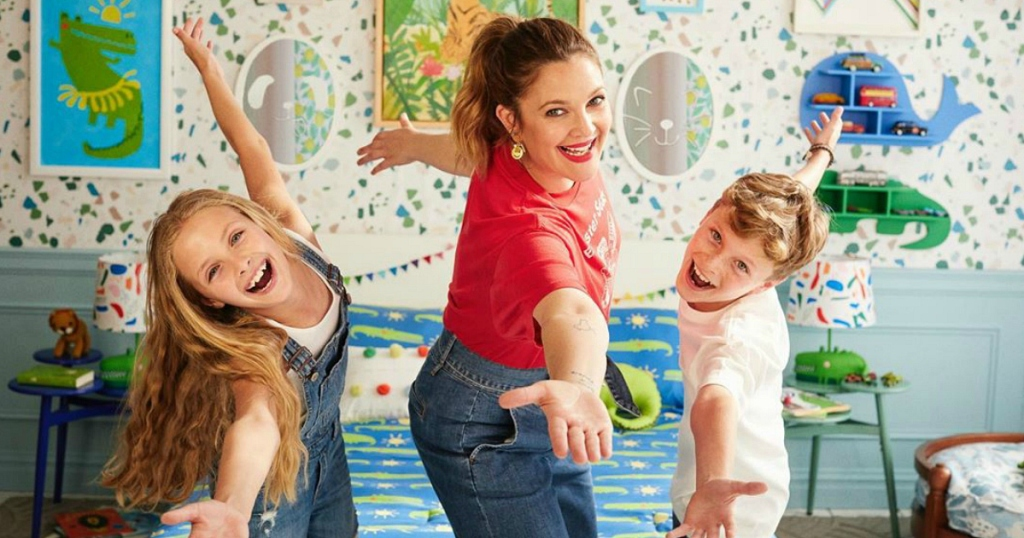 Drew Barrymore with 2 kids
