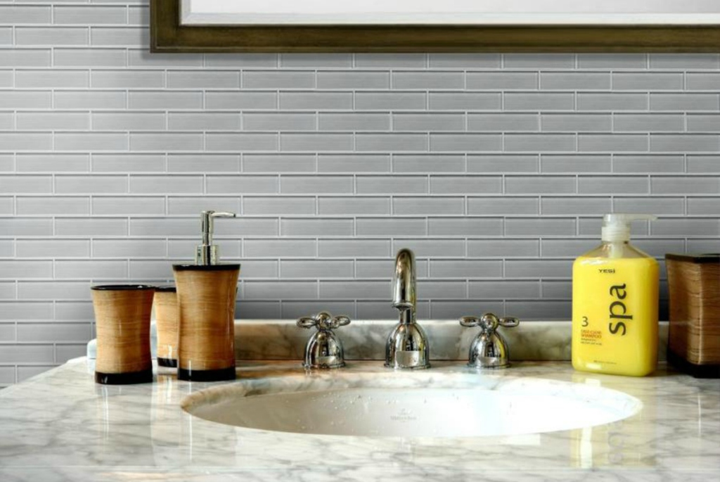 Glass Linear Mosaic Subway Tile