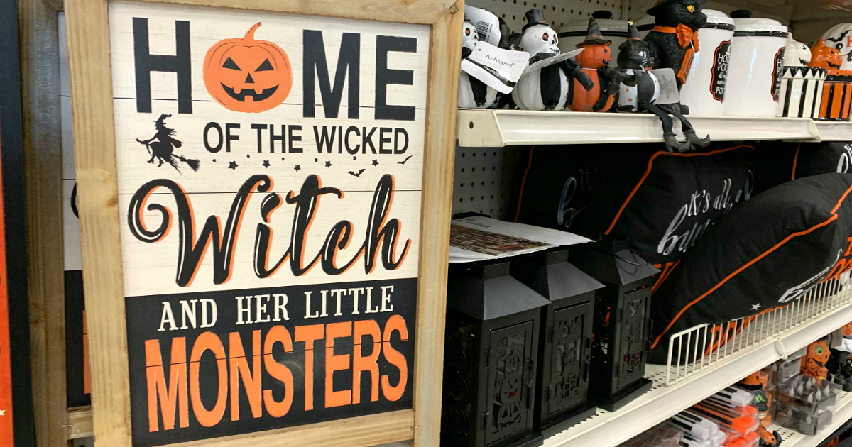 MICHAELS HALLOWEEN DECOR