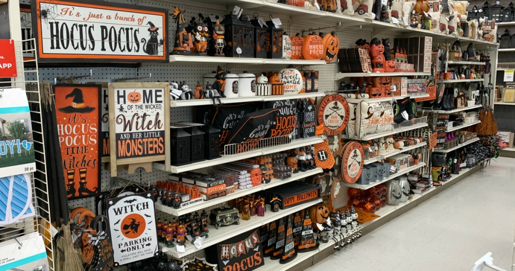 Ashland Halloween Decor 2020 Michaels Released Their 2019 Halloween Décor | Hip2BeHome