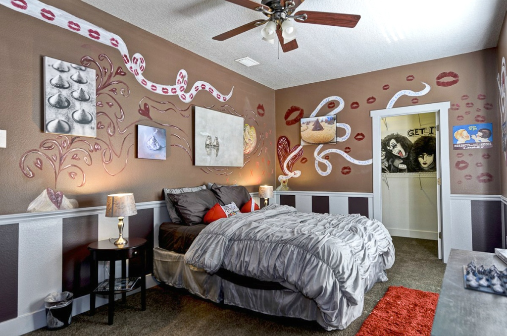 chocolate theme bedroom