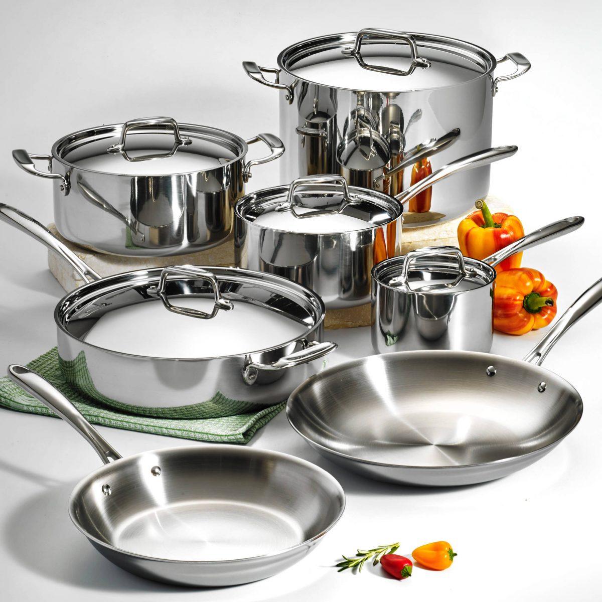 This Tramontina Cookware Set Has